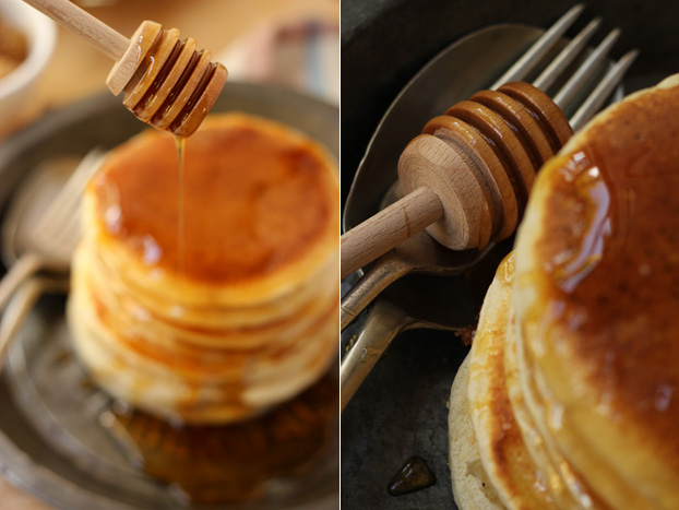honey dipper and pancakes