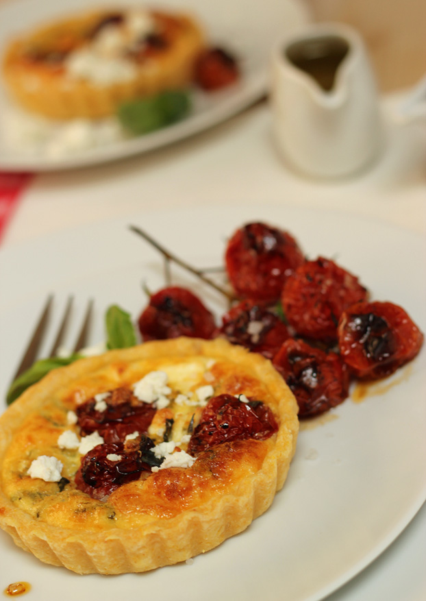 Tricolore tartelettes with balsamic roast cherry tomatoes, feta and rocket