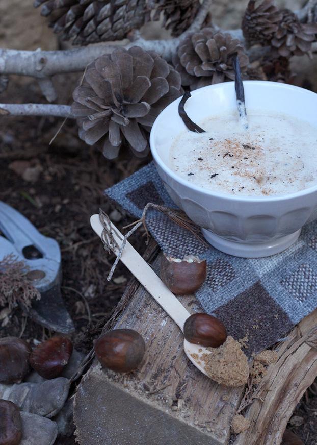 Vanilla Bean Chestnut Latte with nutmeg