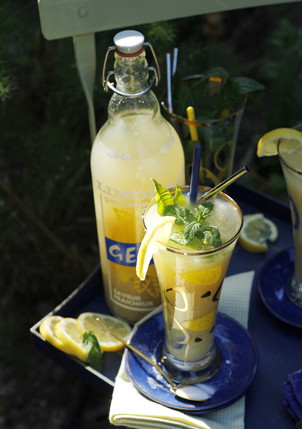 Homemade Lemonade with Mint & Bay